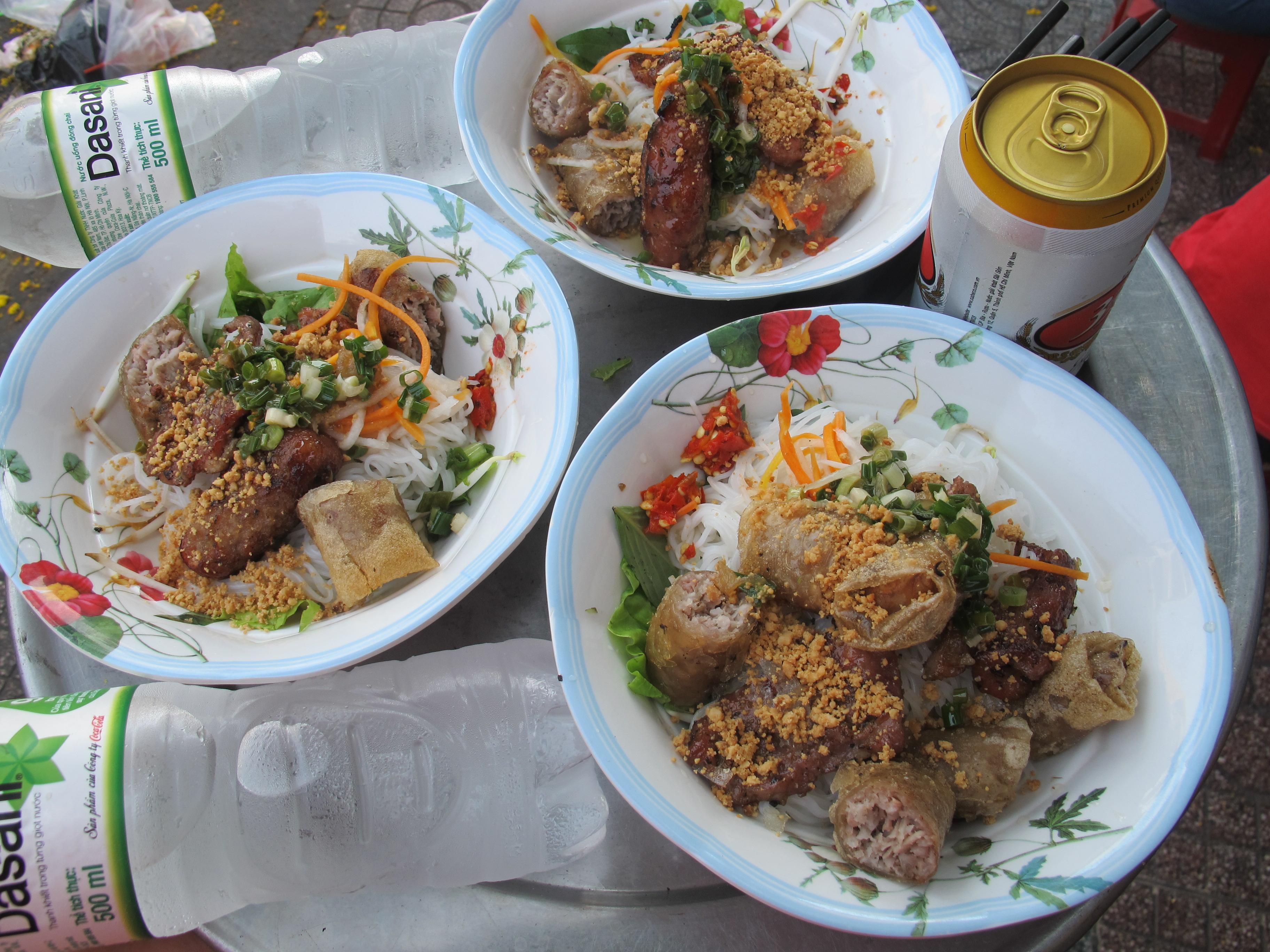 Local-food-Vietnam